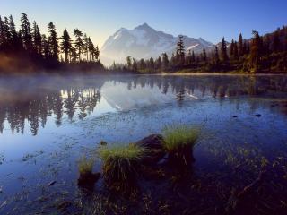 обои Отражение горы Шуксан фото