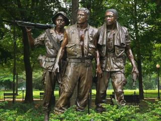 обои The Three Soldiers,   Vietnam Veterans Memorial,   Washington,   D.C фото
