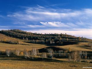 обои Поздняя осень в лугах и холмах фото