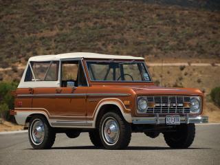 обои Коричневый форд с белой крышей фото