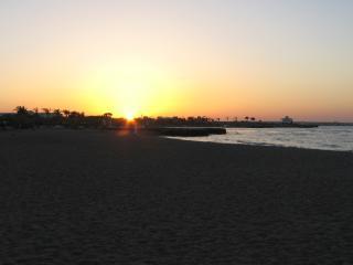 обои Утомленный солнцем пляж фото