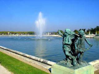 обои Скульптуры у фонтана фото
