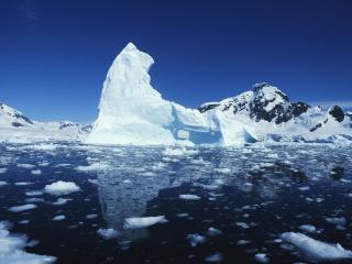 обои Oстроконечный айсберг фото