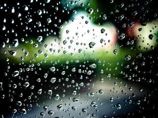 обои Дождевые капли на стекле фото