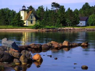 обои Bette Grise Lighthouse,  Lake Superior,  Upper Peninsula,  Michigan фото