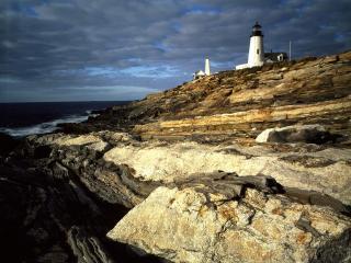 обои Sunrise light on Pemaquid Lighthouse,  New Harbor,  Maine фото