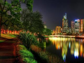 обои Парк у города в ночи фото
