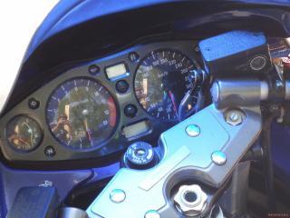 обои Suzuki-hayabusa-gsx спидометр на синем мотике фото