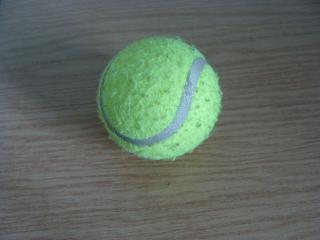 обои Теннисный мячик фото
