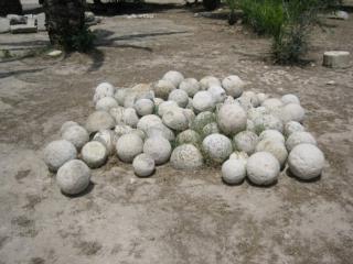 обои Каменные шары острова Крита фото