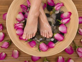 обои СПА процедуры женские ножки фото