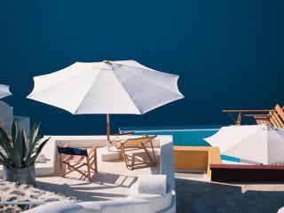обои Балкон, мебель и зонты фото