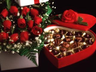 обои Конфеты и розы фото