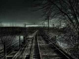 обои Мост под черным небом фото