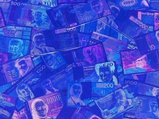 обои Деньги в ультрафеолете фото