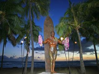 обои Duke Kahanamoku Statue,   Waikiki Beach фото