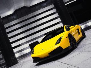 обои Желтый спорткар фото