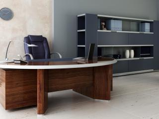 обои Рабочий стол делового человека фото