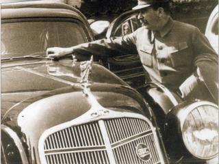обои для рабочего стола: Авто и Сталин