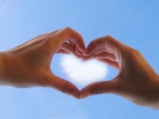 обои Облачное сердечко фото