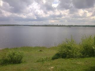 обои На берегу озера фото