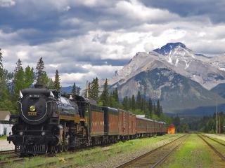 обои Train Station,   Banff National Park,   Alberta фото