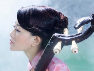 обои Азиатка в профиль фото