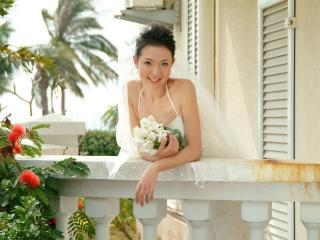 обои Азиатка в свадебном платье фото