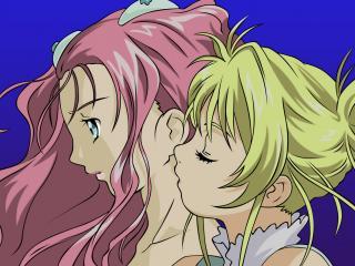 обои Simoun - Блондинка целует девушку в шею фото