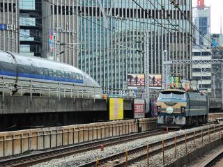 обои Железнодорожная магистраль в Японском городе фото