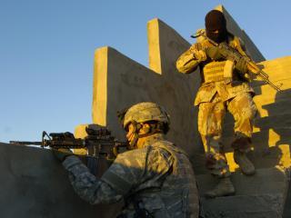 обои Два американских солдата фото