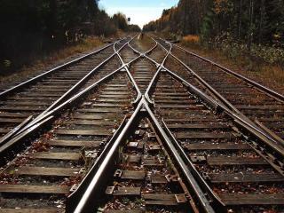 обои Пересечение железнодорожных путей фото