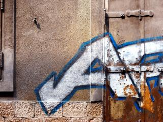 обои Граффити на двери фото