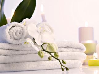 обои Чистые полотенца, декор, свечи фото