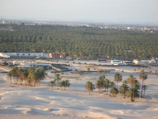 обои Тунис,  окраина пустыни Сахара фото