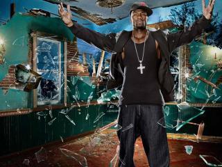 обои 50 Cent в осколках стекла фото