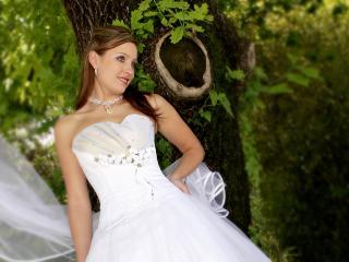 обои Девушка в свадебном платье фото
