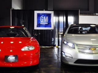 обои 1999 GMC EV1 стенд фото