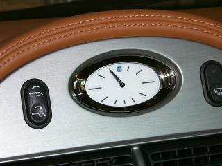 обои 2001 Qvale Mangusta часы фото