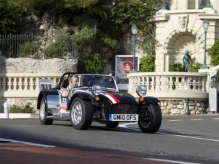 обои 2011 Caterham Roadsport 125 Monaco по дороге фото