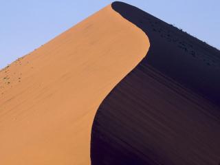 обои Высокая песчаная гора фото