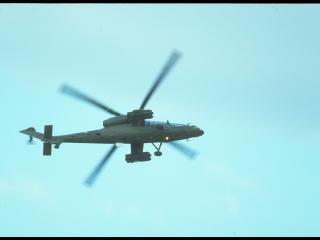 обои Вертолет в небе фото