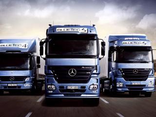 обои Mercedes BlueTec 3штуки фото