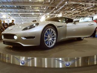 обои 2012 Lightning GT на стенде фото