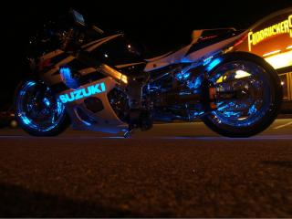 обои Мотоцикл Suzuki Неон фото