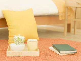обои Книги и чай  на полу фото