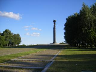 обои Монумент в Житомире фото
