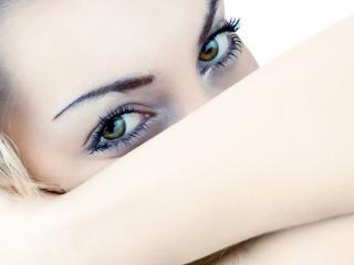 обои Макияж глаз - Серебристые тени фото