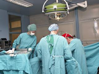 обои Врачи в операционной фото