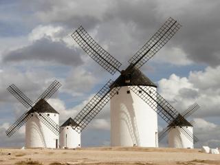 обои Четыре белых мельницы фото